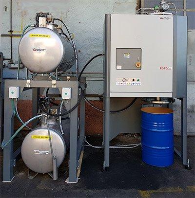 Distillatore Roto Plus con serbatoi